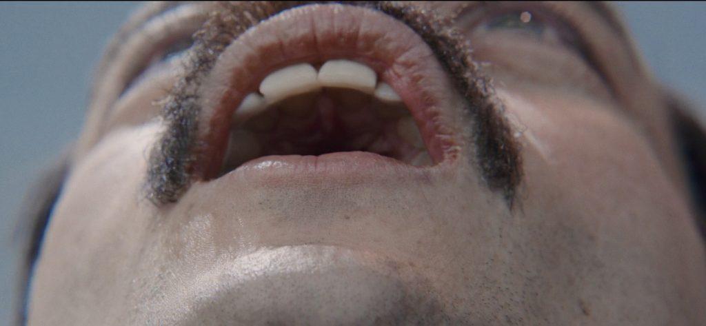 Les dents de Rami Malek dans Bohemian Rhapsody de Bryan Singer