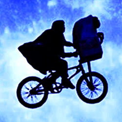 E.T., l'extra-terrestre de Steven Spielberg par M. Bobine