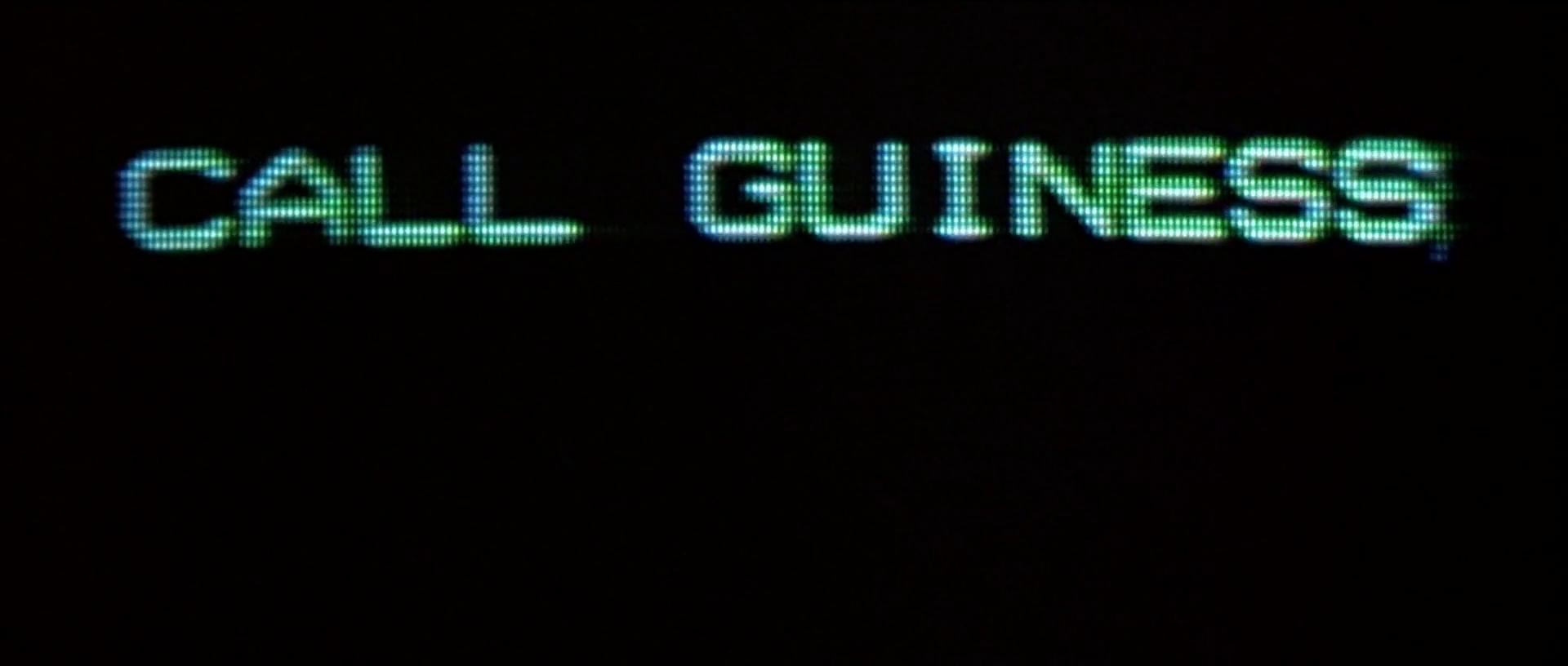 """Bud Brigman écrivant """"call Guinness"""" dans Abyss de James Cameron"""